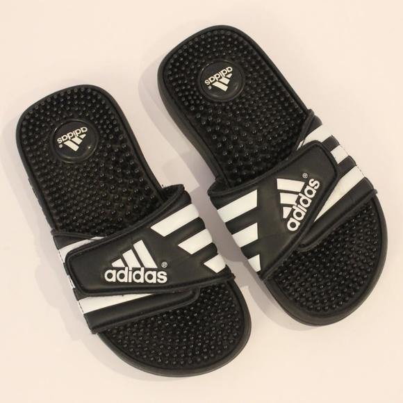 0c3312e350e5 adidas Other - Youth Size 3 Adidas Slip On